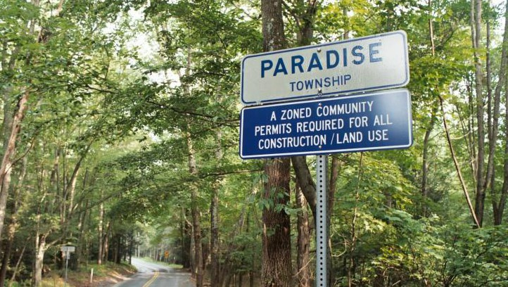 http://ellemckaydotnet.files.wordpress.com/2014/09/paradise-road-sign2-e1411705446822.jpg